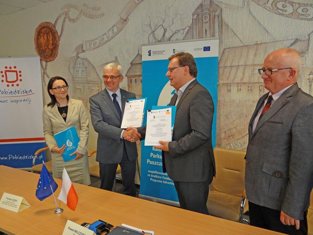 2014-08-06 podpisanie-umowy-kanalizacja Pobiedziska-02 foto-K-Firlej-Adamczak
